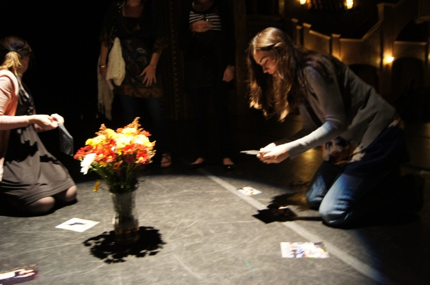 Flowers and pictures in the spotlight on the stage